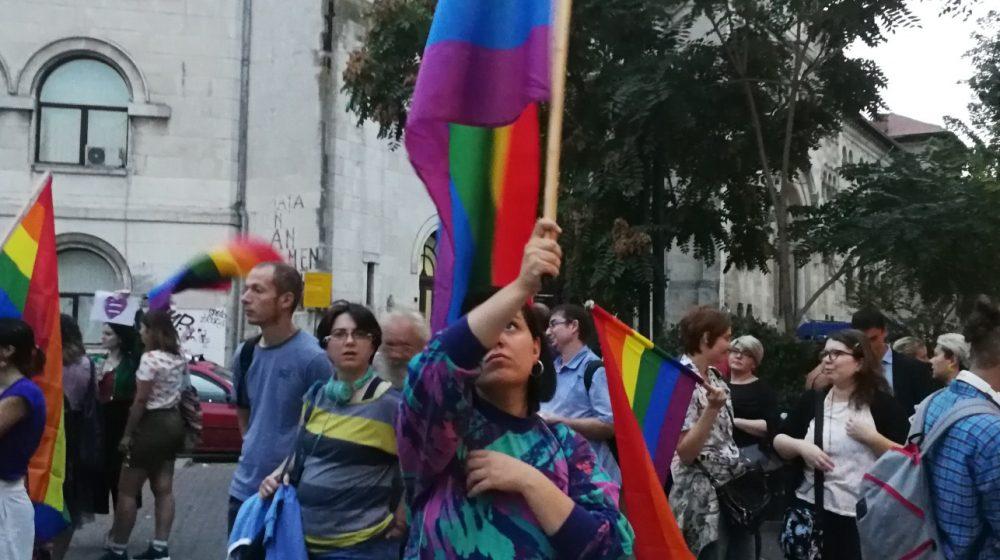 Référendum en Roumanie : Le pouvoir et l'Eglise en croisade contre le mariage gay
