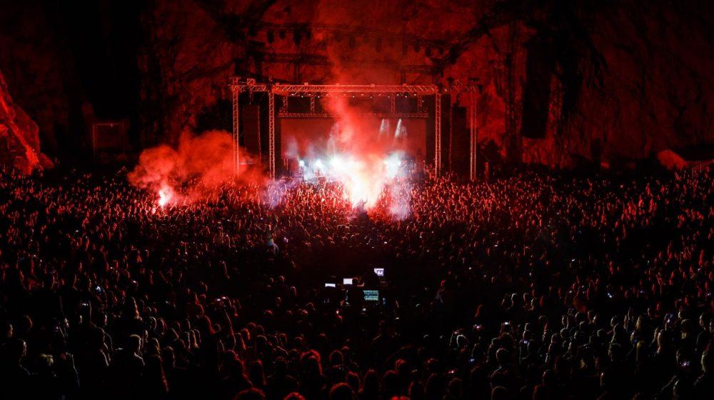 Le Rock Grec sous le feu des projecteurs !