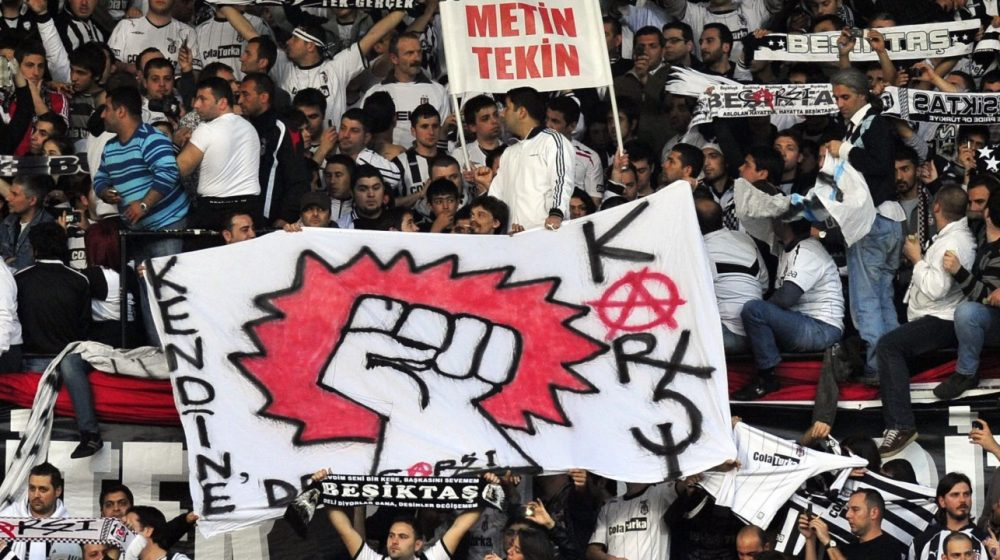 Çarşı, plus qu'un groupe de supporters, un groupe de lutte