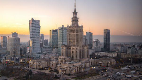 4 villes à visiter en Pologne, le rail polonais